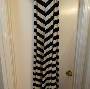 Maxi dress red and navy blue cream stripes